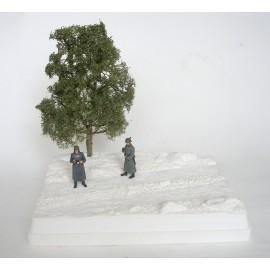 Kamenitá cesta (natur + strom)